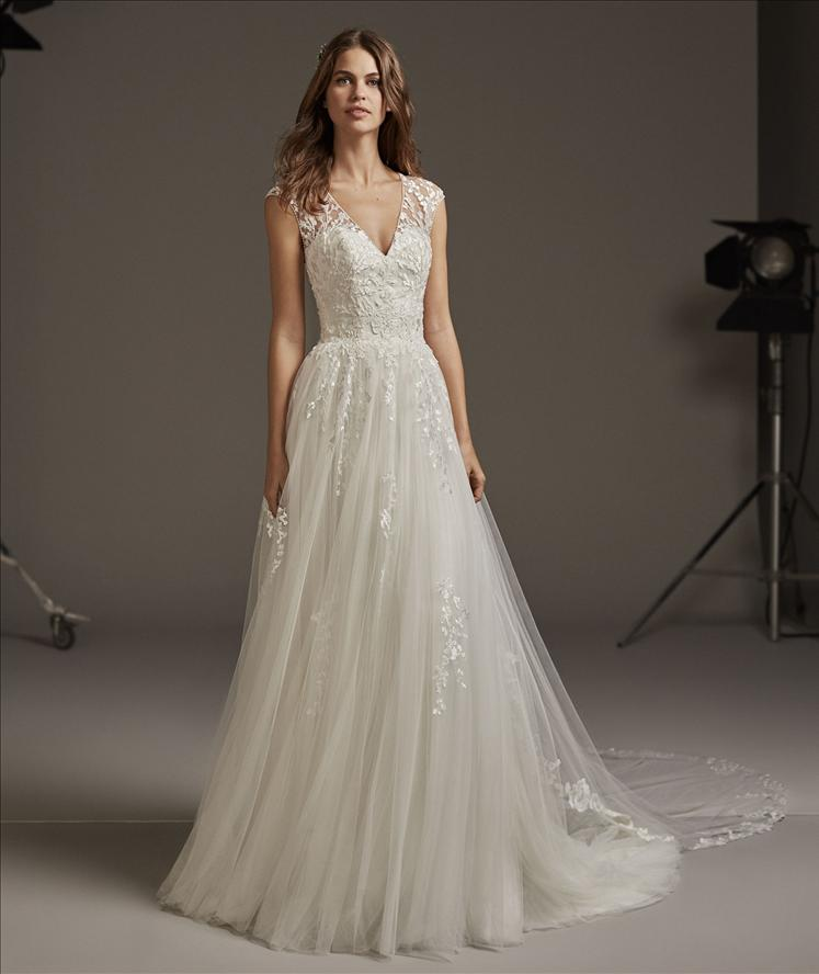 Robes de mariées Pronovias | Les mariées